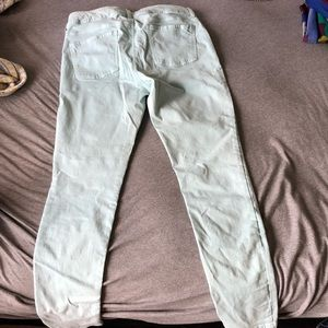 Cute sky blue cargo jean American Eagle pants
